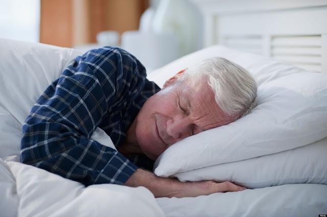 Top 10 gối ngủ tốt nhất dành cho người lớn tuổi