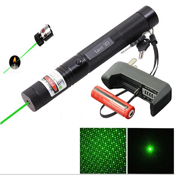So Sánh Giá Đèn Laser 303 ánh Sáng Chiếu Xa HR (tặng Kèm Sạc Và Pin )