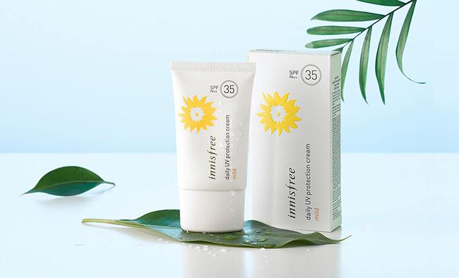 Đánh giá chi tiết Kem Chống Nắng Daily UV Protection Cream Mild SPF 35 PA++