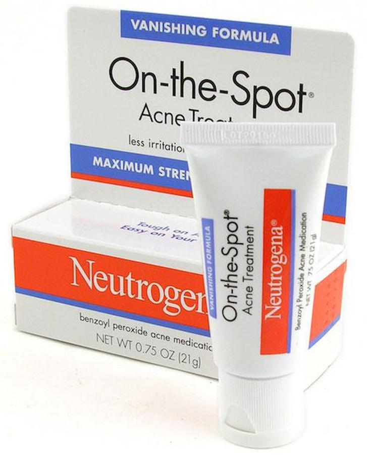 Đánh giá chi tiết Kem trị mụn Neutrogena On-the-spot Acne Treatment